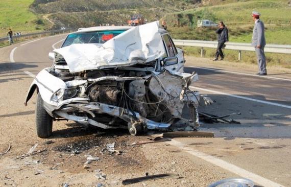 six morts dans un accident de la route dans la province de. Black Bedroom Furniture Sets. Home Design Ideas