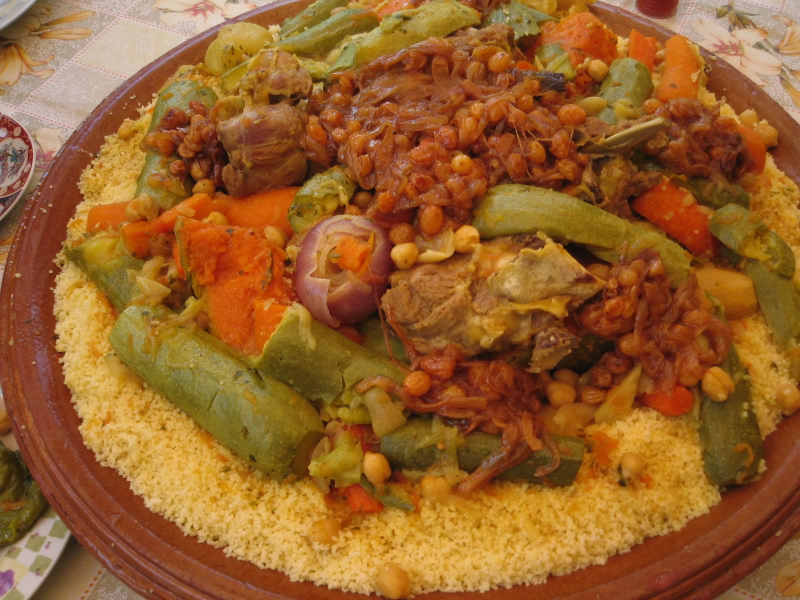 الكسكس المغربي الثري بالخضر المتنوعة