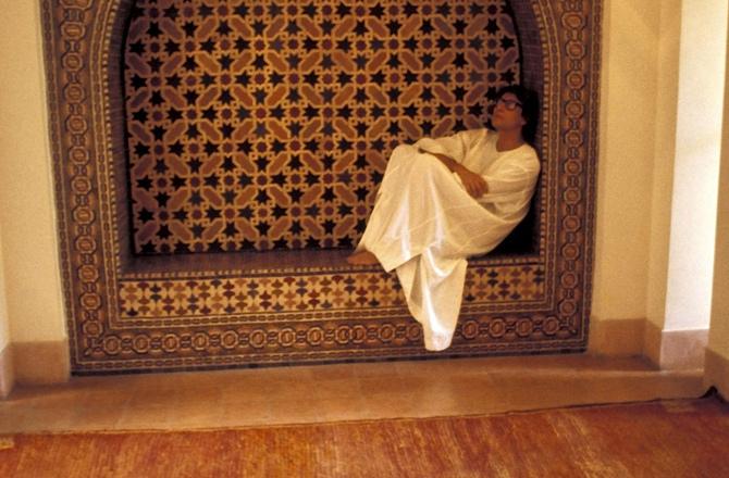 Une-maison-une-artiste-France-5-Incursion-dans-la-villa-marocaine-d-Yves-Saint-Laurent_news_full
