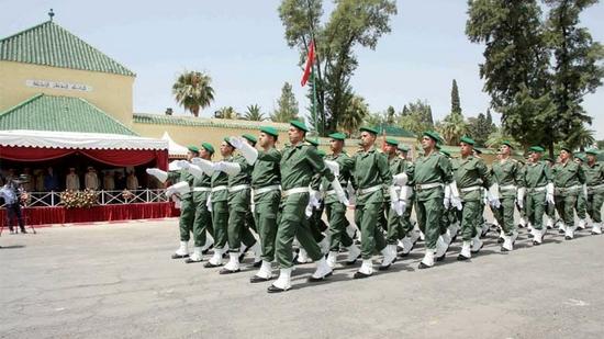 الملك يرفع أجور العسكريين في المجلس الوزاري