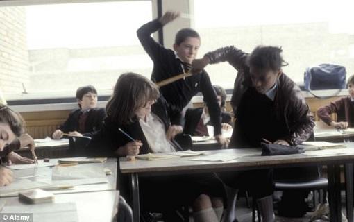 السليتي: التلاميذ يعيشون اليوم نوعا من الإحباط الداخلي الذي يصرفونه عنفًا